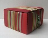Silk jewelry storage box, jewelry gift box, red silk jewelry box