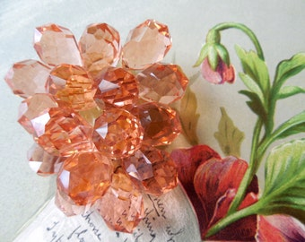 Peach Tear Drop Crystal Cluster Dress Clip Brooch    KJ10