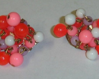 Vintage Bright Hot Colors Orange & Pink w Lavander and White Shaker Beads Clip-On Earrings 1950's