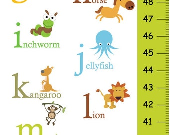 Alphabet Animals Children Growth Chart in Green, ABC Personalized Growth Chart, ABC Canvas Height Chart,