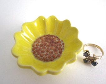 Sunflower ring dish Ring holder Bathroom decor