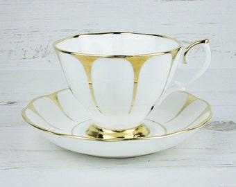 ONE Vintage Royal Vale tea cup and saucer - Gold Gilt daisy Afternoon Bone China