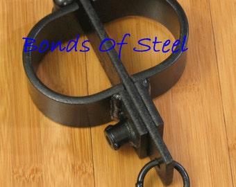 Heavy Handcuffs Restraint Bonds of Steel BDSM Mature