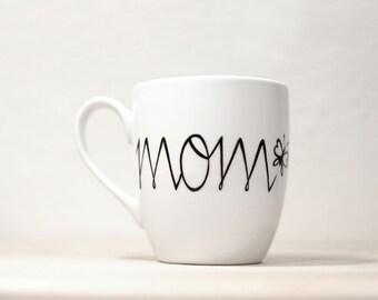 Mom's Mug Personalized Ceramic Mug Hand Painted tea cup  Gift for   Mom mug white kitchen decor Decorative Art