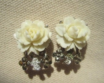 Vintage white rose and silvertone clip on earrings