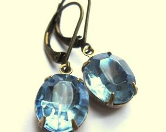Light Blue Oval Glass Claw Set Evening Earrings Fashion Jewelry