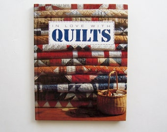 "Quilt Book ""In Love with Quilts"" by Leisure Arts, Inc. Quilt Book with Patterns for Table Runners, Quilts, and More"