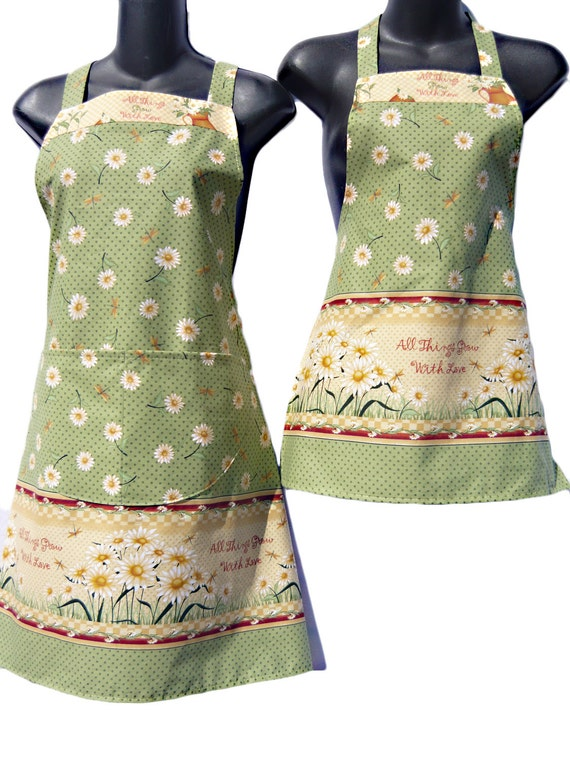 Mother and Daugther Matching set All things grow with love print aprons  kids size 4-6-8