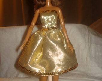 Gold Lame party dress with sequins for Fashion Dolls - ed495