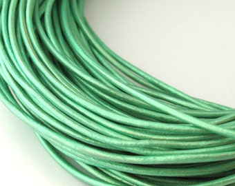 LRD0110063) 1 meter of 1.0mm Oasis Turquoise Metallic Round Leather Cord