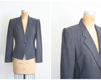 vintage 80s fitted wool blazer - ladies 80s gray jacket / Charcoal Gray - 1980s puff shoulders / equestrian inspired - preppy blazer