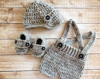 Oliver Newsboy Cap with Crochet Baby Shorts/Pants and Matching Booties in Gray Available in Newborn to 6 Month Size- MADE TO ORDER