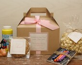 Set of 6 - Kids Wedding Boxes - ANY COLOR // Kids Wedding Favor Box // Kids Wedding Kit // Childs Activity Box // Kids Table Box
