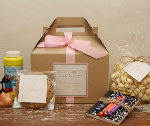 Wedding Favour Bags Ideas: Set Of 6 Kids Wedding Boxes ANY COLOR // Kids By Thefavorbox