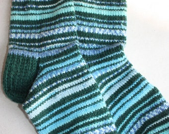 26 cm /// 10,2 inches Lovely hand knitted socks, Slipper Socks, - Unisex - US Men 7-7,5 /// US Women 8,5-9 /// EU 39 - 40
