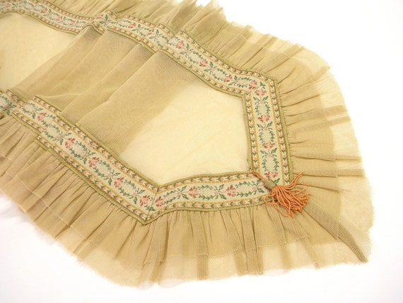 Table runner shabby chic Placemat Tea time ruffled tulle centerpiece table overlay victorian decoration antique beige old times sepia
