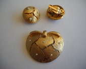 Vintage Apple Shaped Gold Earrings And Brooch Gold And Tiny Faux Pearl Set Costume Jewelry