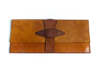 Vintage clutch pouch purse bag / caramel brown leather / rustic hippie boho