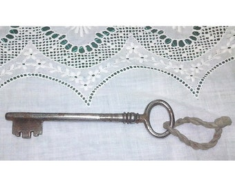 Antique large skeleton  key