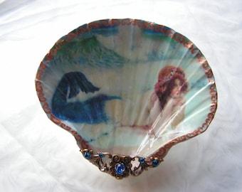 Sun Bathing Mermaid Medium Shell Jewelry Dish