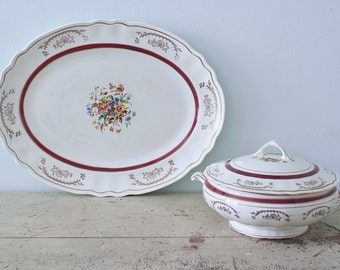 Amazing Set of a Large Serving Plate and its Lidded Tureen by Rideau Pottery Canada model Victoria