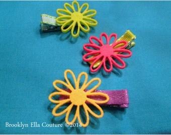 Springtime felt flower Clippie - You Pick Color