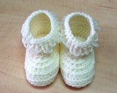 white beige baby shoes - baby booties - crochet booties- kids booties - baby shoes - baby booties - crochet shoes - baby accessories