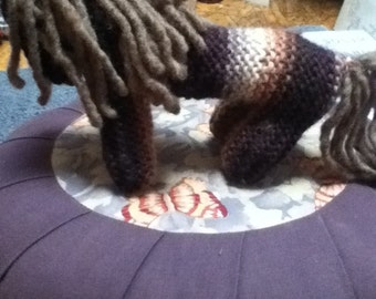 Knitted wool horse