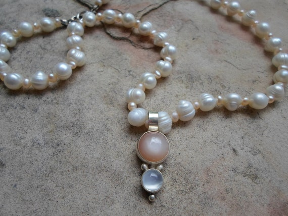 Vintage Pearl Necklace with Sterling Silver Pendant