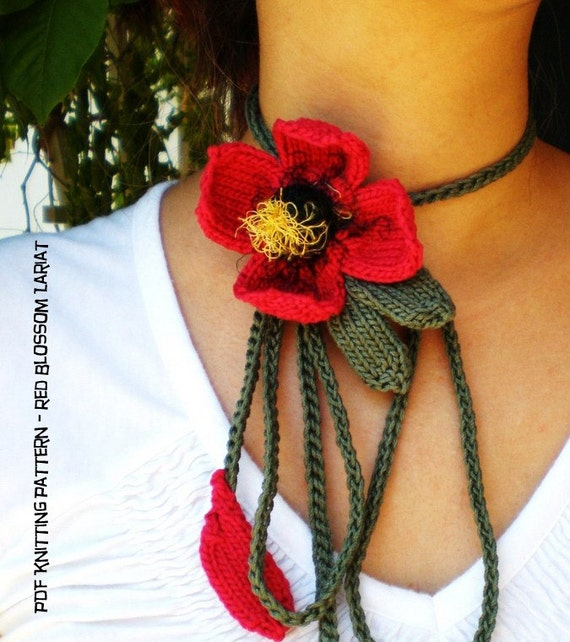Flower Necklace PDF Knitting Pattern - Red Blossom Lariat