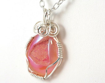 Titanium Agate Druzy Necklace, Soft Pink Druse Necklace, Druzy Jewelry, Wire Wrapped Druzy