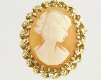 Carved Shell Cameo Brooch Pin - 14k Yellow Gold Genuine Fine Estate Jewelry X6828 R