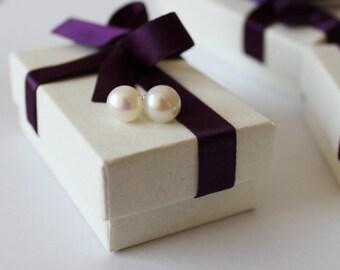 5 pairs medium large bridesmaid stud earrings- Real pearl earrings- pearl earring studs- SET of 5 bridesmaids earrings- Bridesmaid gift sets