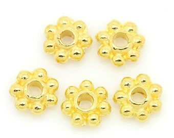 100 Bright GOLD PLATED DAISY Spacer Beads  4mm   bme0151a