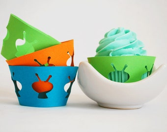 Alien Cupcake Wrappers In your choice of color Qty 12 By Your Little Cupcake