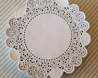 """50 French Lace Round Paper Doilies - 5 inch white doily - 5"""" Extra Small"""
