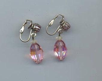 Lovely vintage earrings signed Laguna