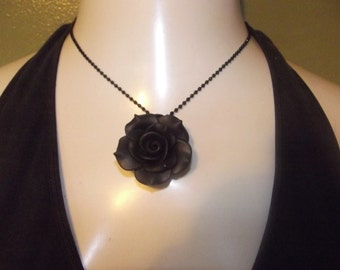 Gothic Flower Necklace