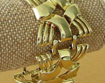 vintage 50s 60s coro gold tone wide woven link panel bracelet signed lucy rockabilly mad men