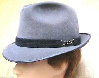 Unique 1950s Men Fedora Hat - Gray Felt - MADE IN GERMANY - New/Old Stock - M - 7.1/8