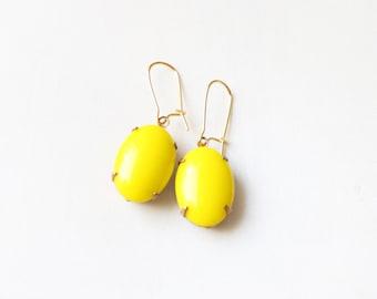 Vintage Large Yellow Oval Cabochon Earrings, Set Stone Earrings, Colored Stone Earrings, Rhinestone Earrings, Bezel Earrings