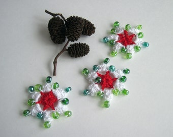 3 Crochet Beaded Flowers Mini - Red and White with Green Glass Beads - Set of 3