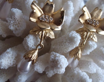 Vintage Signed Richelieu Gold Tone Flower with Drop Pearl Clip Back Earrings
