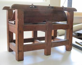 Box Mangle - Patent model or salesman sample (?)