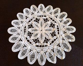 Vintage Lace Doily - Crochet Doilies - Round Doily