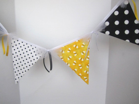 Bumble Bee Party Banner or Bumble Bee Fabric Room Decoration - 10 Flag Fabric Banner / Bunting