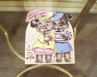 """Valentine's Day Ephemera Die Cut Kittens  BEAUTIFUL PASTELS 1940's """"In My Own Fashion"""" I Love You a Lot!! unsigned made in the Usa"""