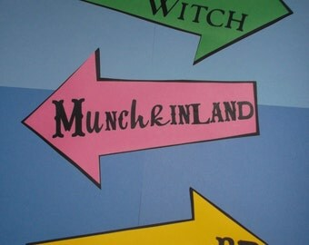 Wizard of Oz Party decoration, centerpiece, road signs Munchkinland, Wicked Witch