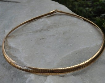 Vintage Gold Tone Metal Choker Necklace