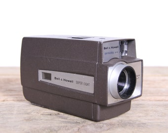 Bell & Howell Movie Camera / Super 8 Movie Camera / 8mm Movie Camera / Old Movie Camera / Optronic Eye - 1970's / Antique Movie Camera